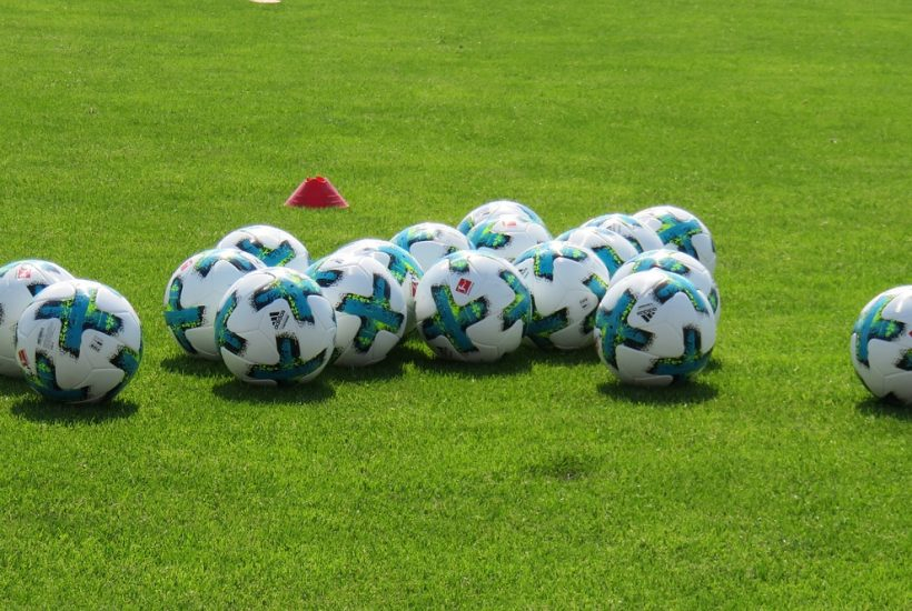 Soccer balls private lessons coach skills training best trainer US footballs futbol