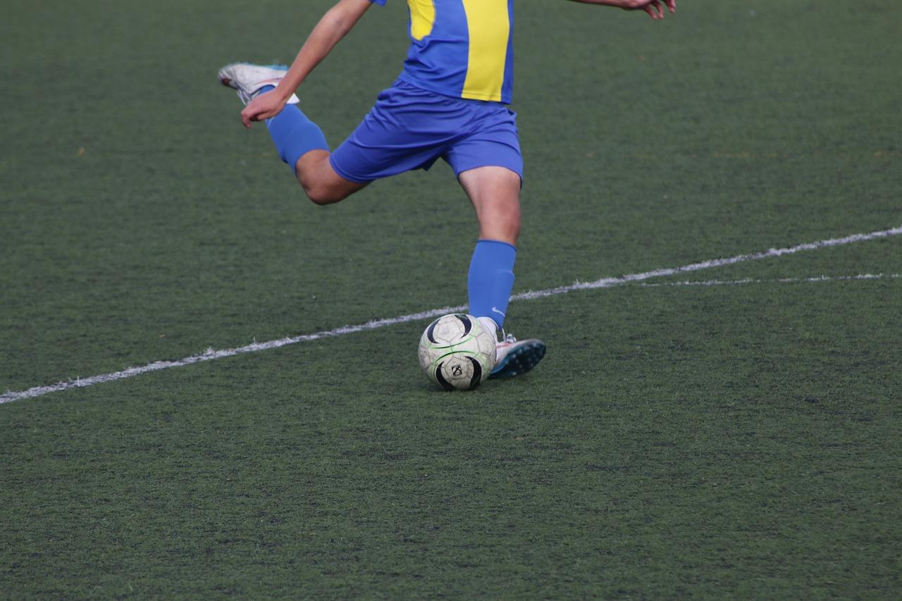 soccer player, football, defender, kick ball,