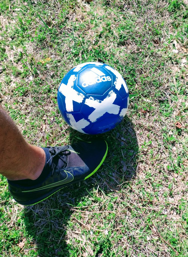 how to chip in soccer