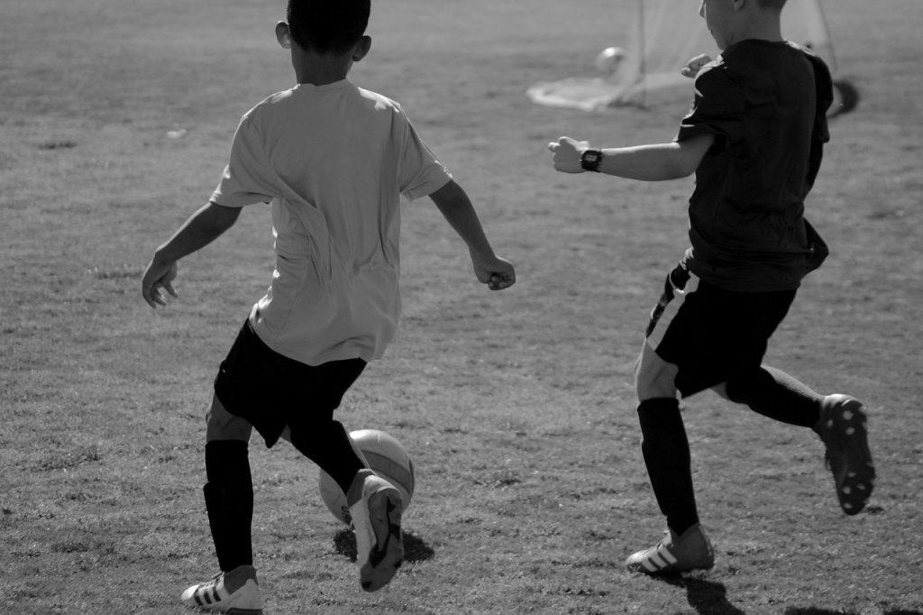 through ball soccer pass